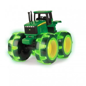 John Deere Monster Treads mit leuchtenden Rädern