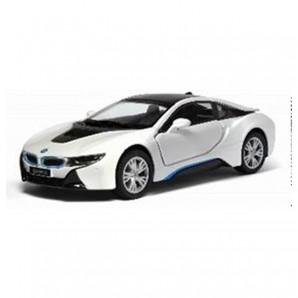 BMW i8 1:32 im Display